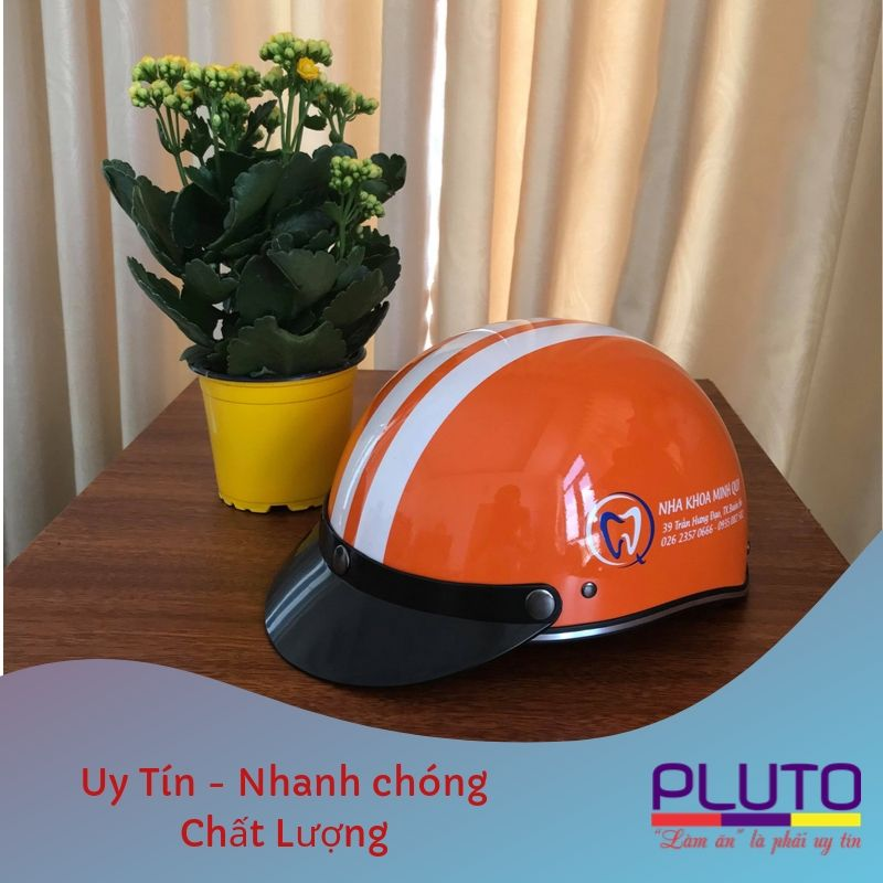 In logo nón bảo hiểm theo yêu cầu uy tín 2