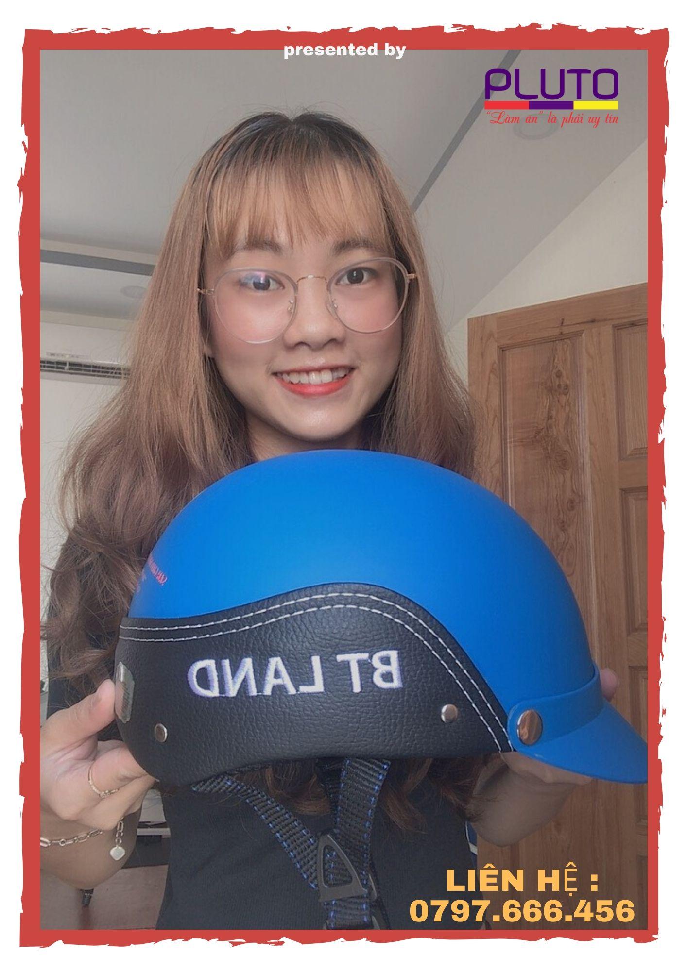 mũ bảo hiểm quảng bá thương hiệu