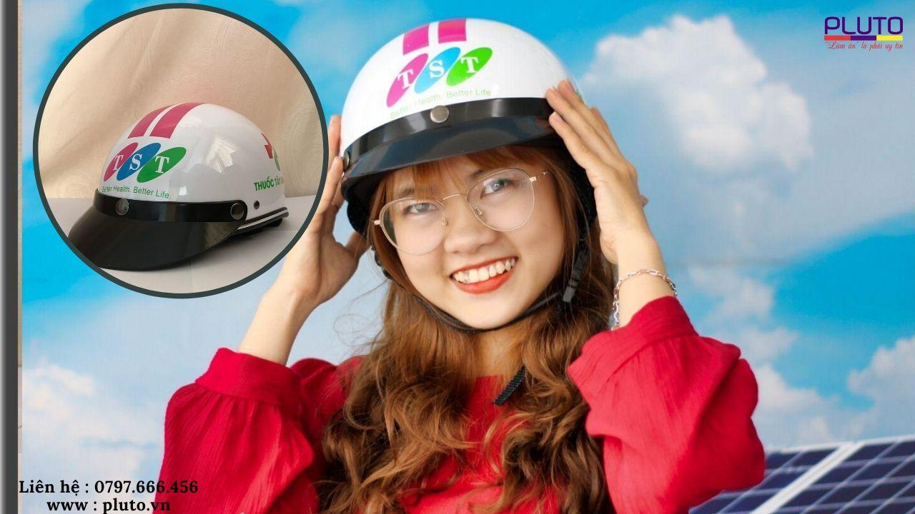 in logo nón bảo hiểm quà tặng