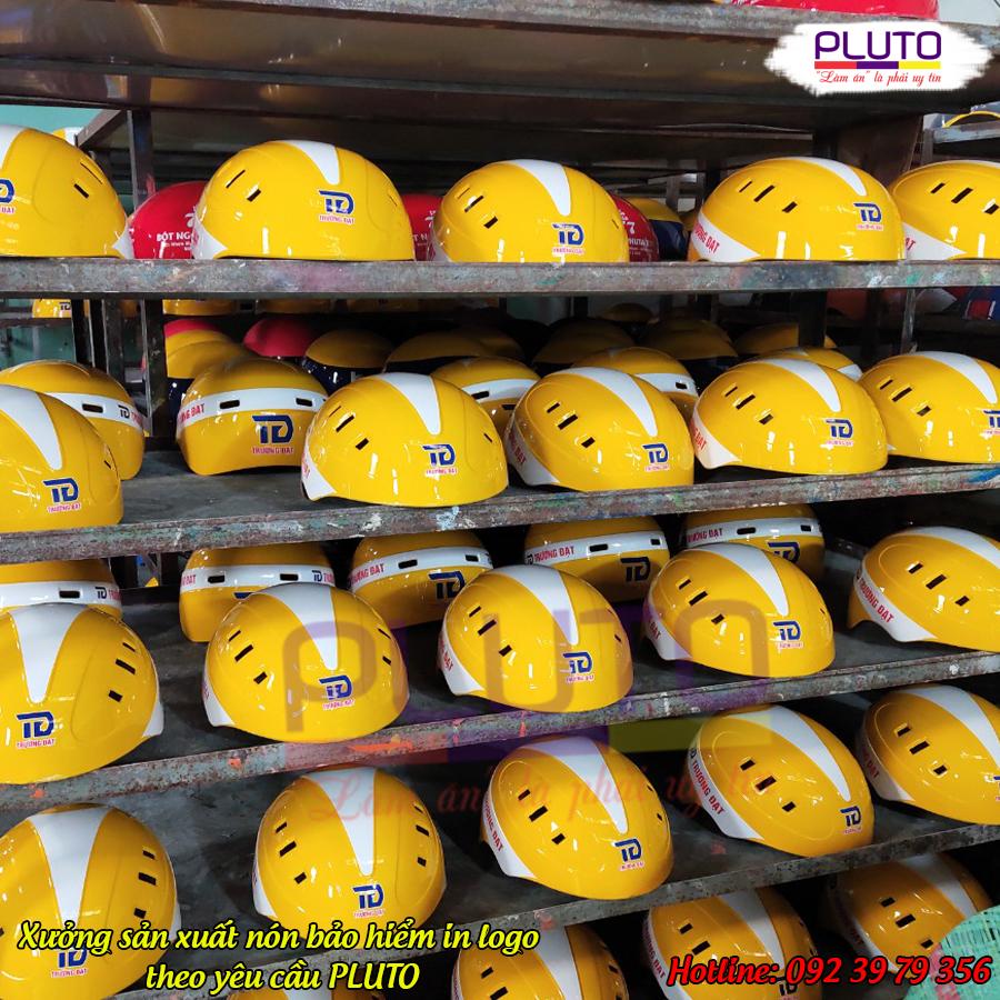 Xưởng sản xuất nón bảo hiểm in logo theo yêu cầu